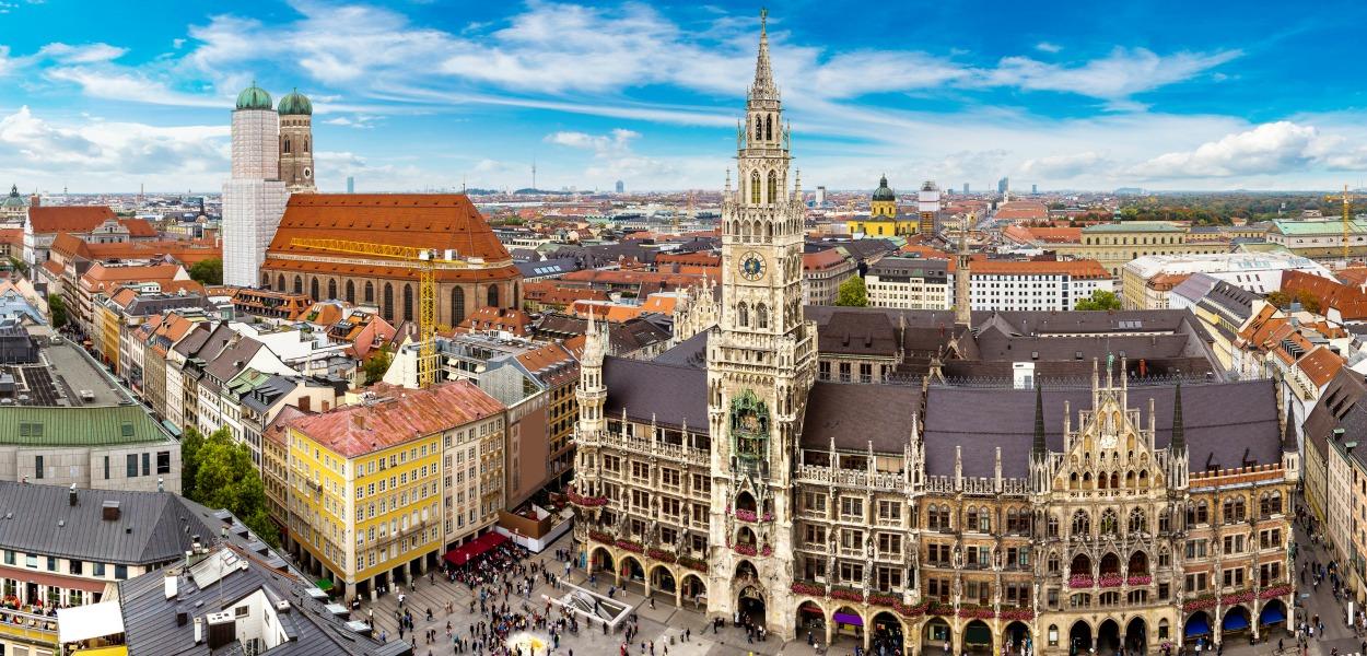 Hertz Rental Car In Munich Germany