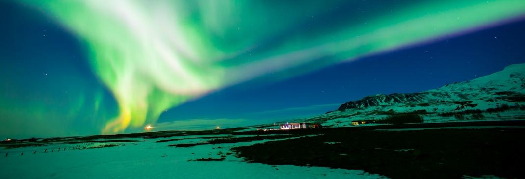 Nordlichter über Reykjavik, Island