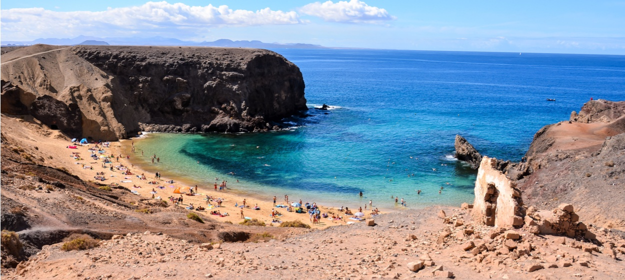 Car Hire in Lanzarote from £10 per day - Hertz Car Rental