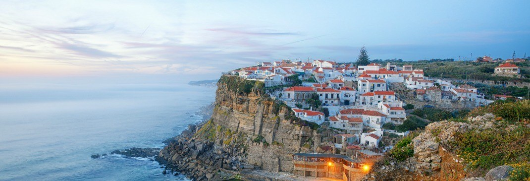 Die Küste Lissabons