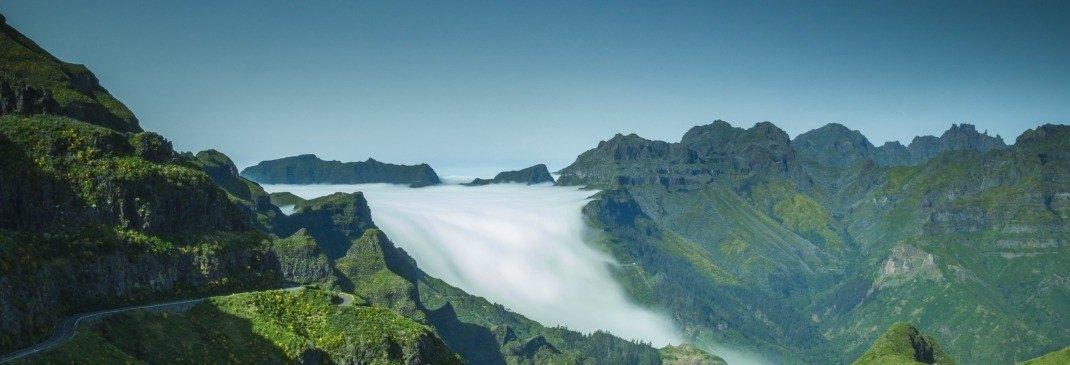 Wasserfall in Madeiras schöner Natur