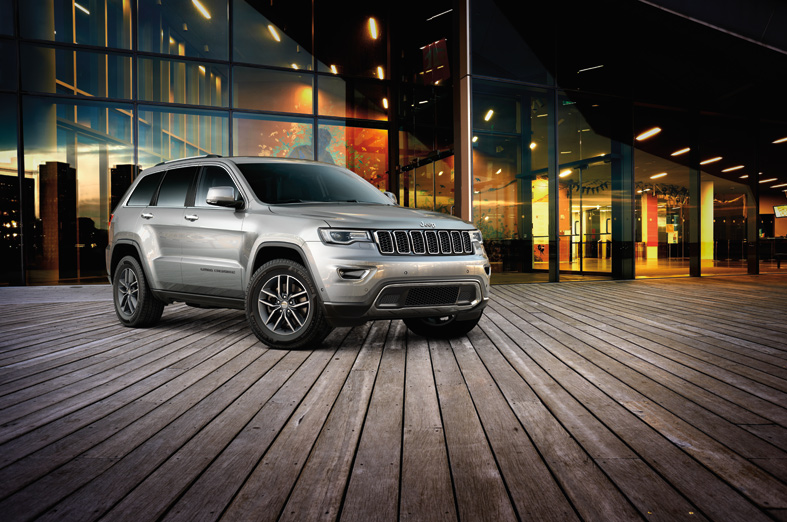 image of JEEP GRAND CHEROKEE LIMITED