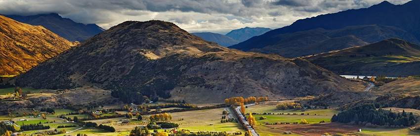 Discover Queenstown with a rental car | Queenstown Airport banner