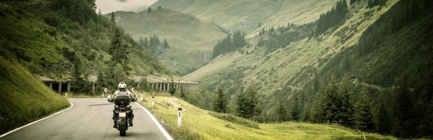 Louez une moto en Espagne ou au Portugal banner