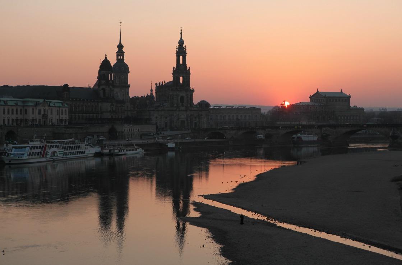 Brühlsche Terrasse in Dresden an der Elbe
