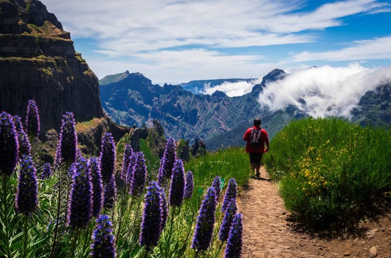 Wanderer auf dem Pico do Arieiro,
