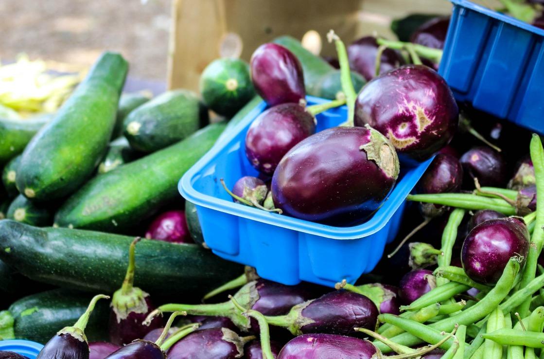 Auberginen auf dem Markt von Orlando