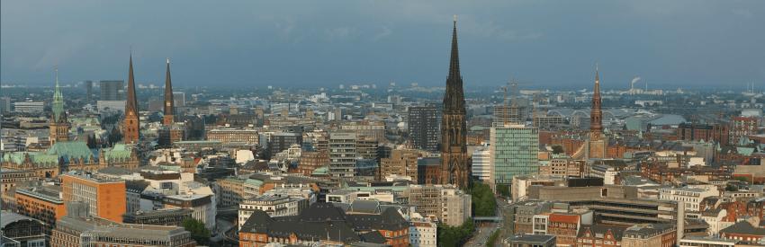 Die bewegende Geschichte von Hamburgs St. Nikolai Kirche banner
