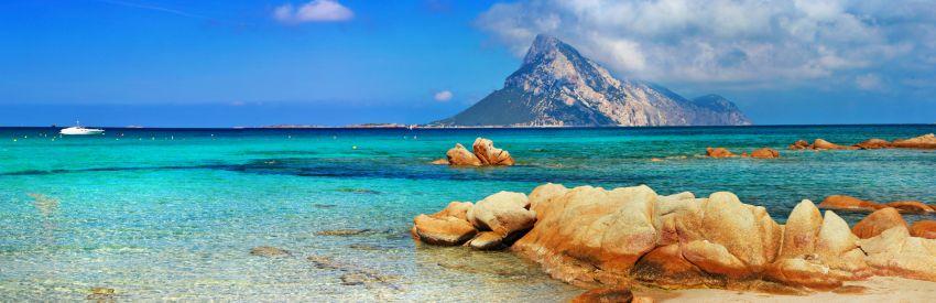Sardegna: lo splendore della Costa Smeralda banner