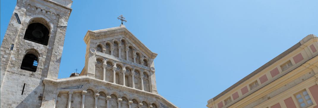 Guidare nei dintorni dell'aeroporto di Cagliari