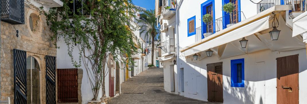Conducir por el Aeropuerto de Ibiza y alrededores