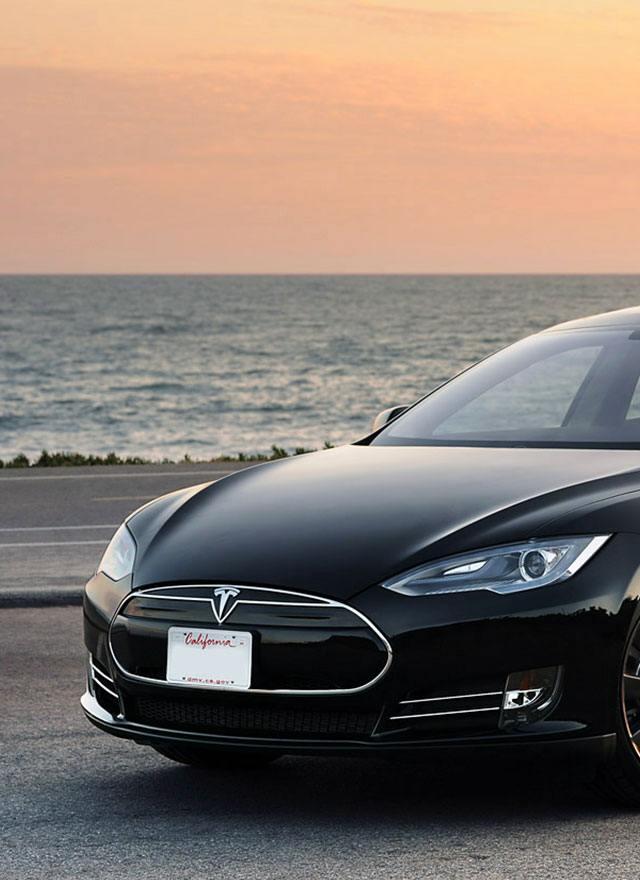 Tesla Car Rental - Hertz Dream Collection