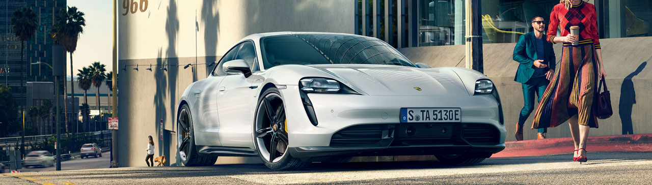 PORSCHE Taycan 4S Full Electric